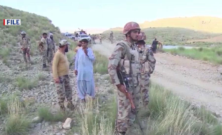 شمالی اور جنوبی وزیرستان کے سرحدی علاقے میں دہشتگردوں کا حملہ ، کیپٹن اور سپاہی شہید