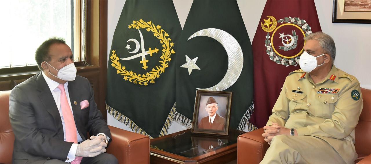 آرمی چیف سے سینیٹر رحمٰن ملک کی ملاقات ، داخلی سلامتی سے متعلق امور پر تبادلہ خیال