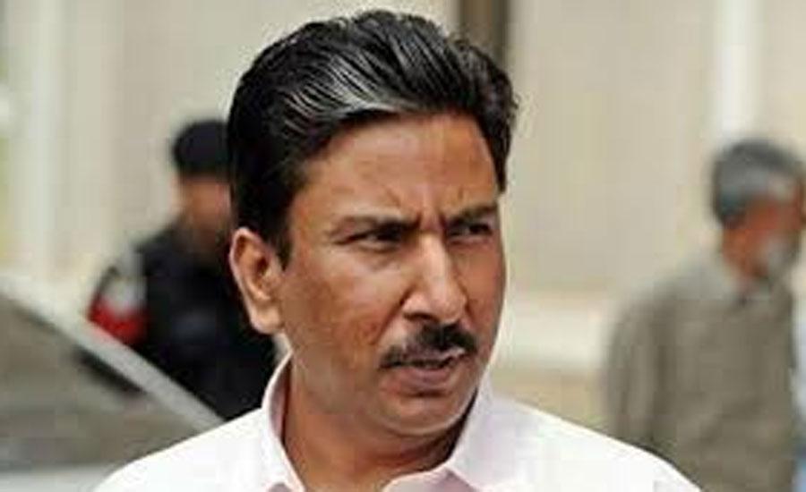 سلیم ملک پی سی بی کی جانب سے مسلسل زیادتی پر سیخ پا