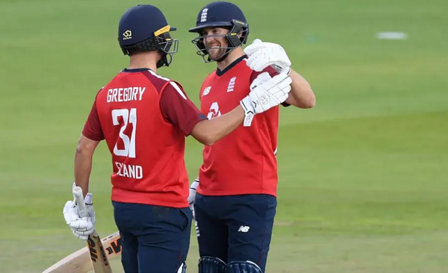 دوسرا ٹی 20 ، انگلینڈ نے پاکستان کو 5 وکٹوں سے شکست دیدی