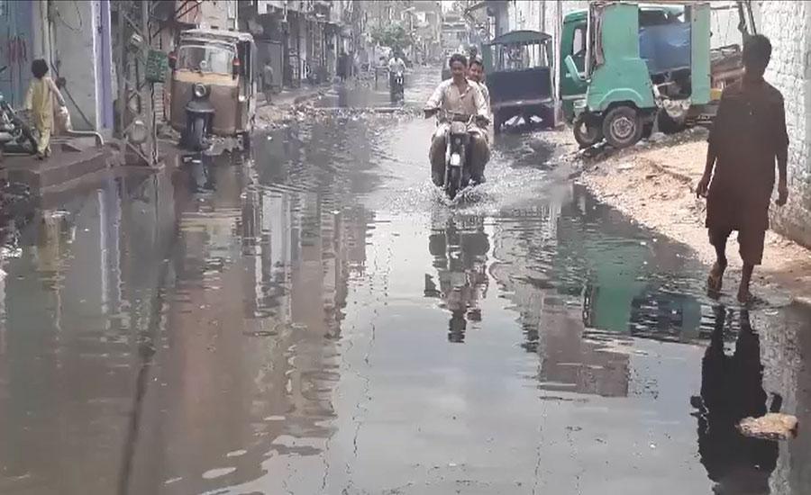 حیدرآباد، 4 روز بعد بھی کئی نشیبی علاقوں سے برساتی پانی کی نکاسی نہ ہوسکی