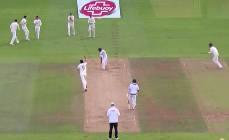 تیسرا ٹیسٹ، انگلینڈ کے 583 رنز کے جواب میں پاکستانی بیٹنگ لائن لڑ کھڑا گئی