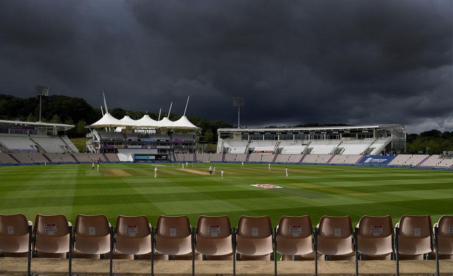 پاک انگلینڈ تیسرے ٹیسٹ کے چوتھے روز کا کھیل بارش کے باعث روک دیا گیا