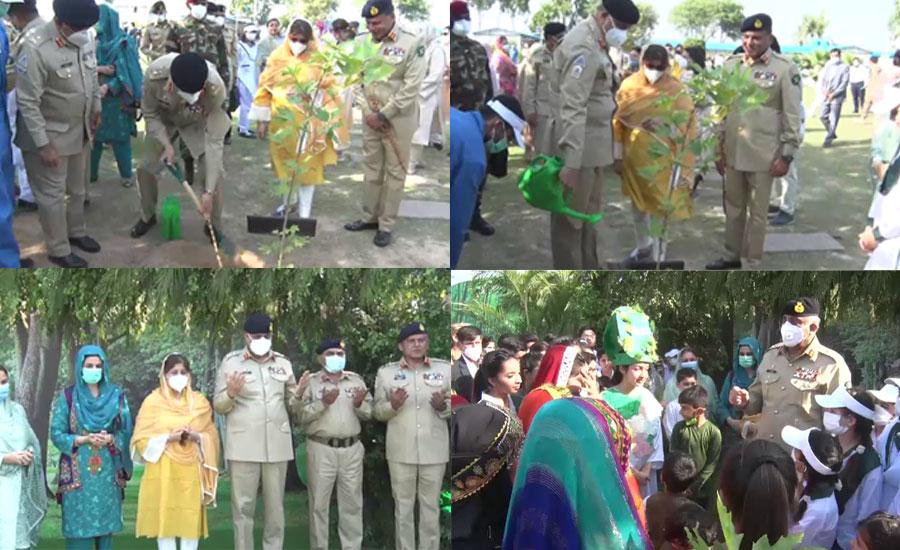 پاک فوج قوم کے شانہ بشانہ قومی انسداد پولیو مہم اور شجر کاری مہم کا حصہ بن گئی