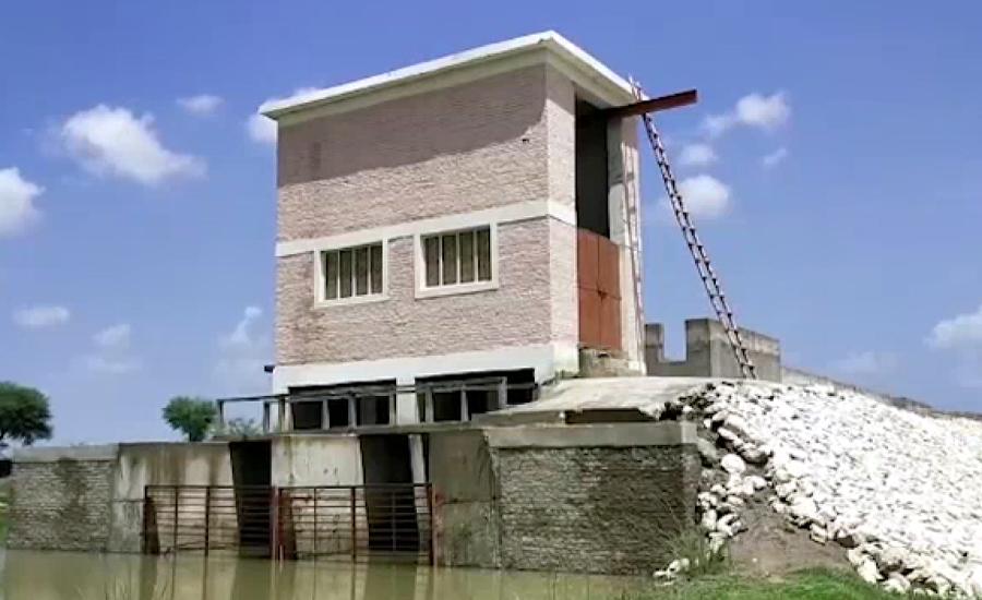 لاڑکانہ کی تحصیل ڈوکری میں پمپنگ اسٹیشن 3 سال بعد بھی فعال نہ ہوسکا