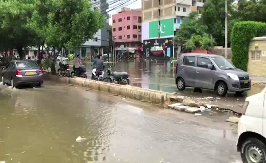 کراچی، مختلف علاقوں سےبارش کاپانی چھٹےدن بھی نہیں نکالاجاسکا
