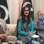 شیری رحمٰن ، حکومت ، کشمیر فروش قرار ، اسلام آباد ، مشترکہ پریس کانفرنس ، 92 نیوز