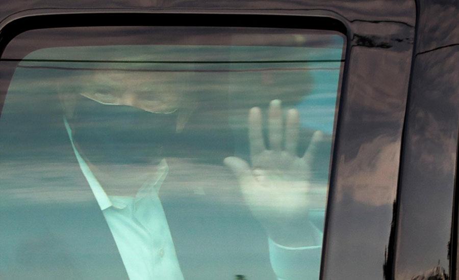 کورونا کے شکار امریکی صدر کی حالت خطرے سے باہر نہ آ سکی