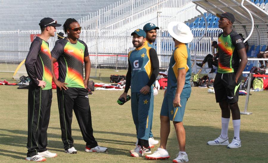 پاکستان اور زمبابوے کے درمیان پہلا ون ڈے میچ آج کھیلا جائیگا