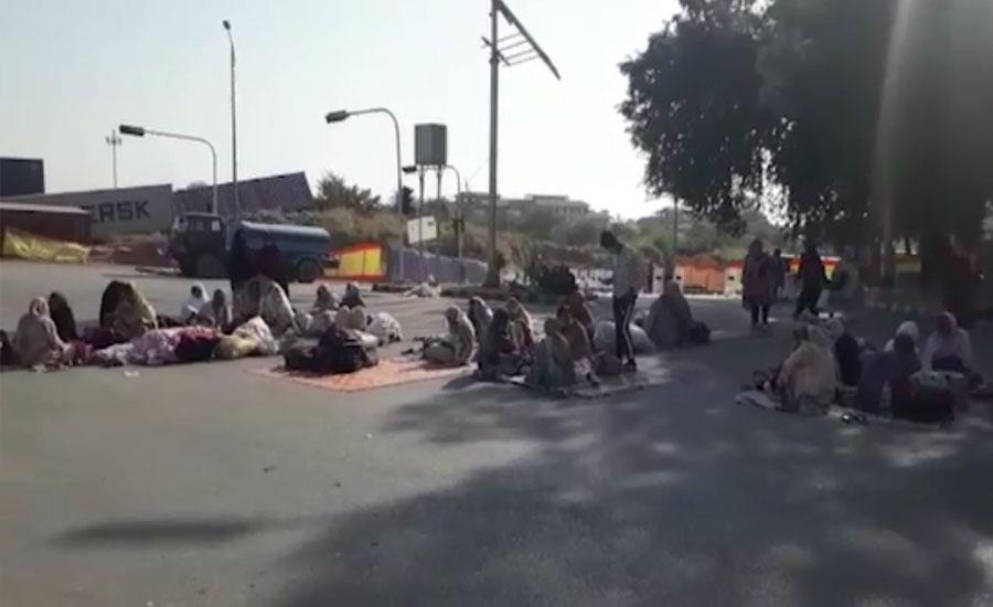 اسلام آباد، ڈی چوک میں لیڈی ہیلتھ ورکرز کا دھرنا 5 ویں روز میں داخل