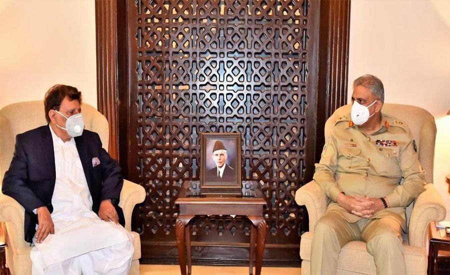 آرمی چیف جنرل قمر جاوید باجوہ سے وزیراعظم آزاد کشمیر فاروق حیدر کی ملاقات