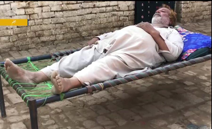 جہلم کے علاقے کالا گجراں کا رضا خان مسیحا کا منتظر