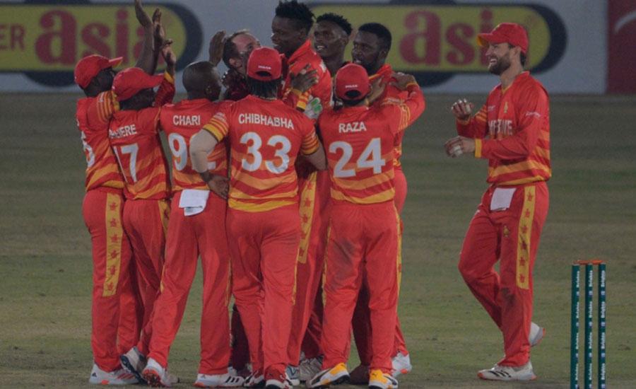 زمبابوے نے پاکستان کو سپر اوور میں ہرا کر تیسرا ون ڈے جیت لیا