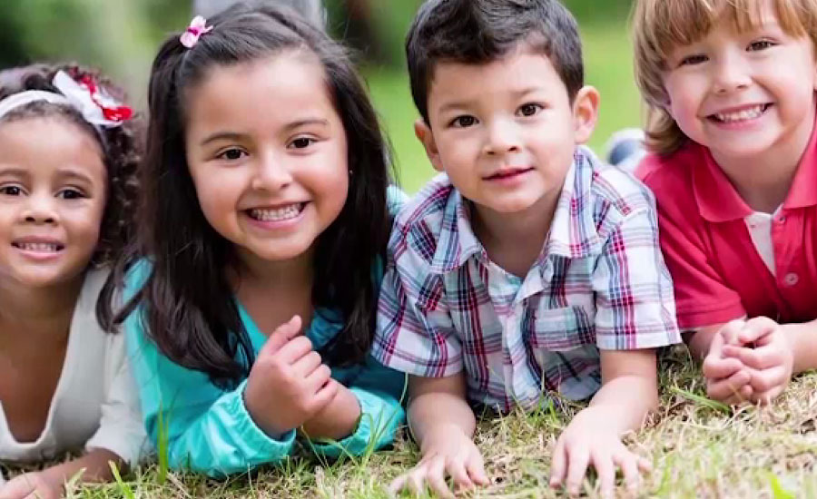 پاکستان سمیت دنیا بھر میں آج بچوں کا عالمی دن منایا جارہا ہے