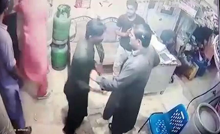 کراچی میں عائشہ منزل پر ایل پی جی فلنگ اسٹیشن پر ڈکیتی کی واردات