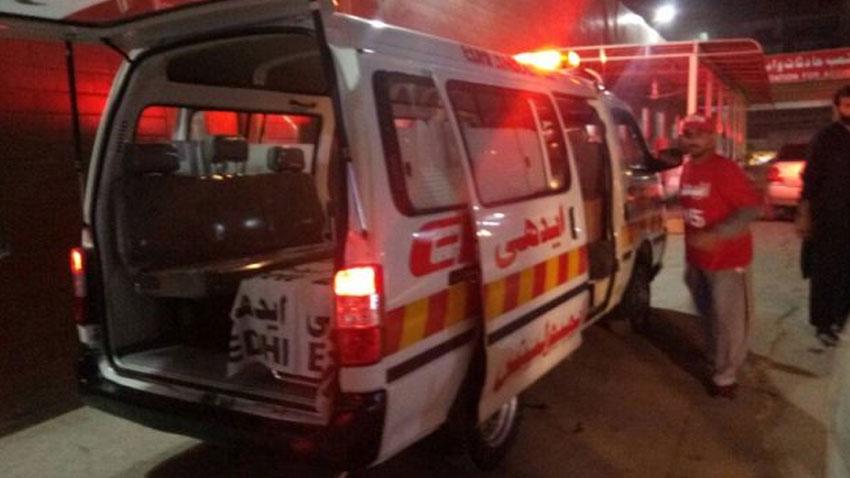 کوئٹہ میں اسپنی روڈ پر پولیس موبائل پر دستی بم سے حملہ ، تین اہلکار زخمی