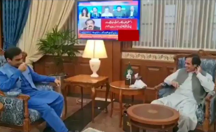 پرویز الہٰی سے حمزہ شہباز کی ملاقات، پنجاب اسمبلی اجلاس احسن انداز میں چلانے پر تبادلہ خیال